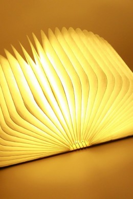 lámpara_libro_abierto_prudance